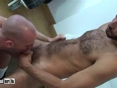 Hairy Arab Macho barebacks smooth Dutch Bottom