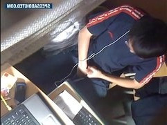 SPECSADDICTED Chinese guy jerking off in the internet cafe