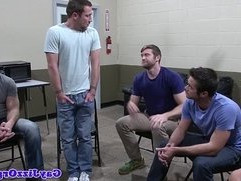 Groupsex hunks blowing on lucky guy